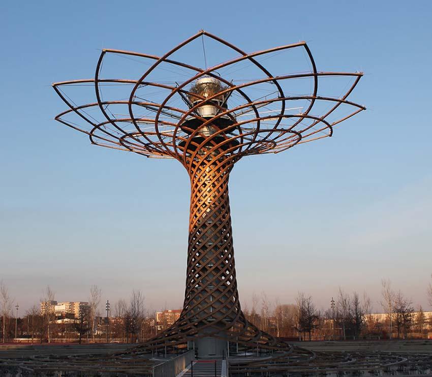 Intervento di Smontaggio delle Membrane in pvc del sistema di copertura del Decumano e del Cardo nell'ex sito espositivo Expo Milano 2015